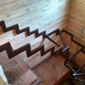 Каркас лестницы в Воробьевых прудах