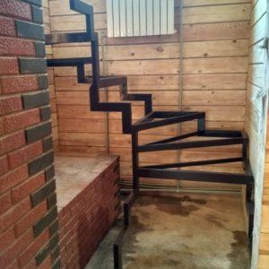 Каркас лестницы на второй в Воробьевых прудах