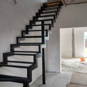 Лестница в частном доме Бобино